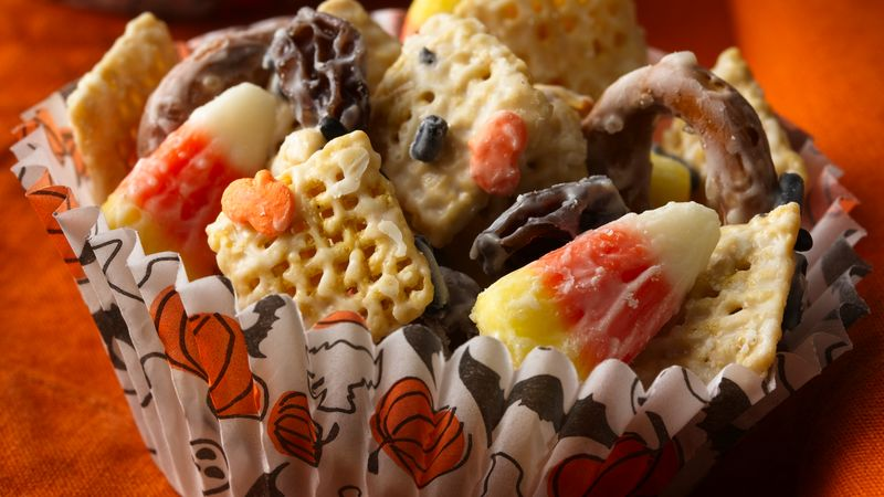 Halloween Chex® Mix (1/2 Recipe)