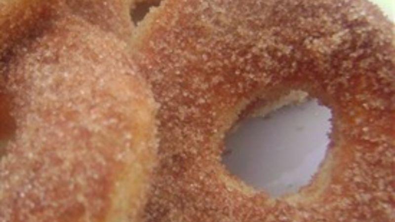 Italian Cinnamon-Sugar Doughnuts