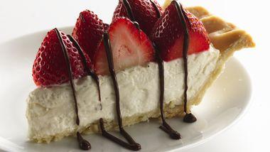 Skinny Strawberries and Cream Pie