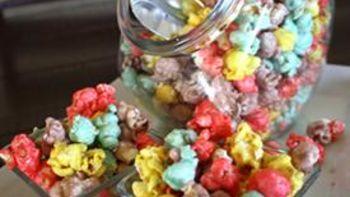 Colorific Caramel Popcorn