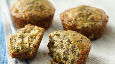 Banana Muffins with Flaxseeds and Shaved Almonds