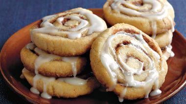 Easy Cinnamon Roll Cookies