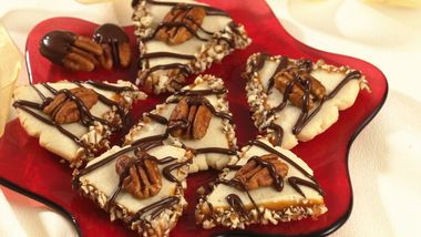 Turtle Shortbread Cookies (Cookie Exchange Quantity)