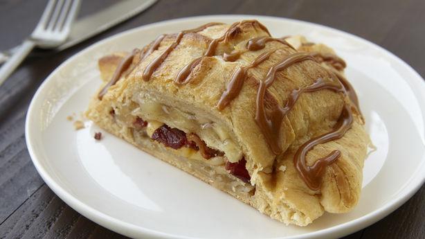 Bacon Gouda Apple Pie Croissants