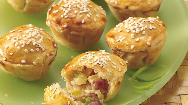 Tiny Ham and Pineapple Pot Pies