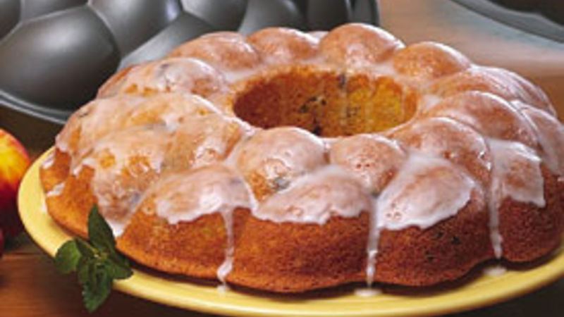 Cornbread Ring with Cranberries