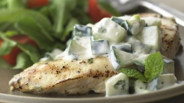 Skinny Chicken with Creamy Cucumber Sauce