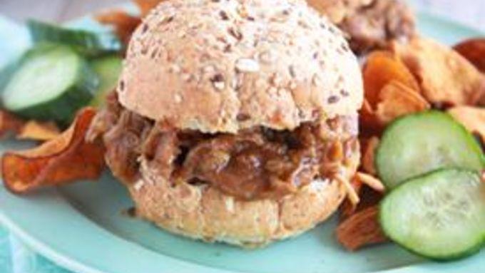 Slow-Cooker Pumpkin Maple Pulled Pork