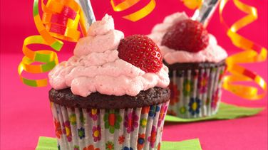 Truth-or-Dare Chocolate-Strawberry Cupcakes