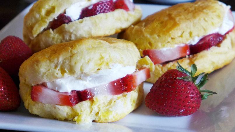 Breakfast Fruit Biscuits