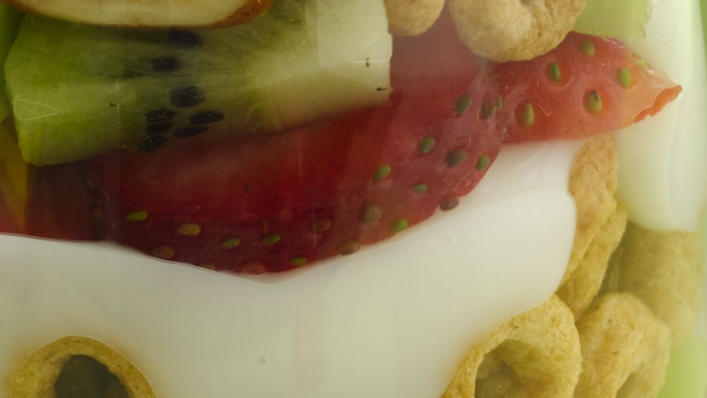 Crunchy-Topped Strawberry-Kiwi Parfaits