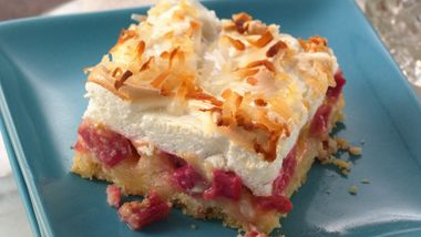 Rhubarb Meringue Dessert