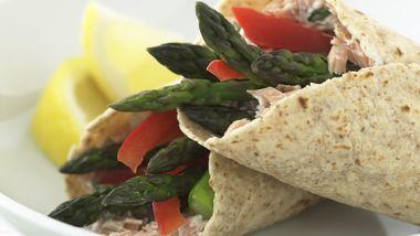 Skinny Lemony Asparagus and Smoked Salmon Wraps