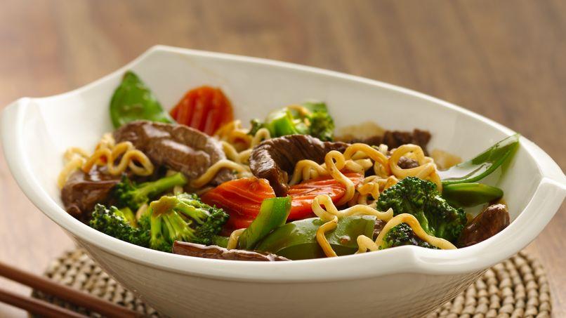 Pasta Ramen con Carne y Verduras