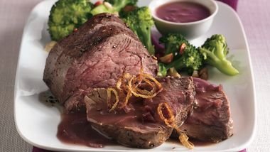 Beef Tenderloin with Red Wine Sauce