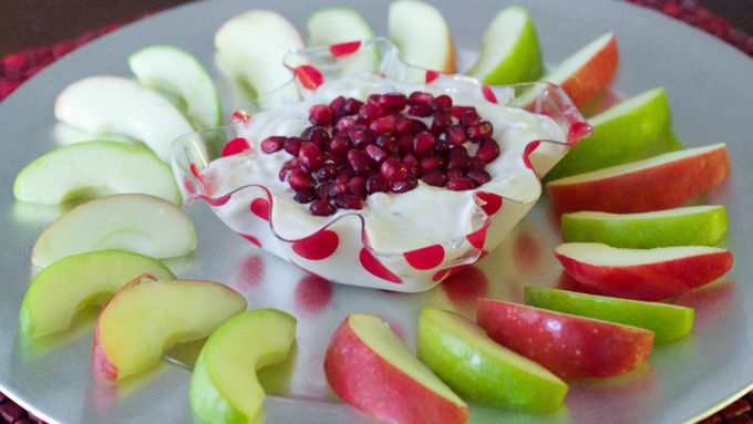 Vanilla Pomegranate Yogurt Dip