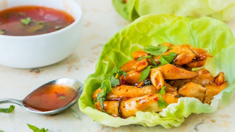 Chicken Wraps in Sweet and Spicy Sauce