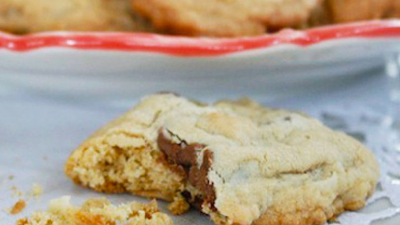 Coconut Chocolate Chip Macadamia Cookies
