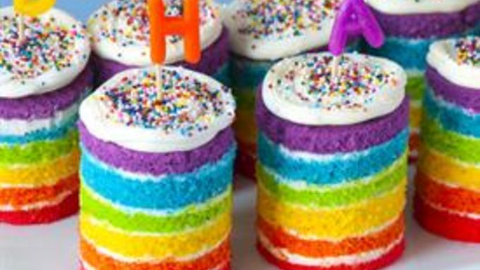 Teeny Tiny Rainbow Cakes