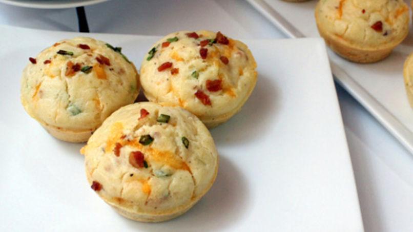 Muffins Salados con Panceta, Queso y Cebollines