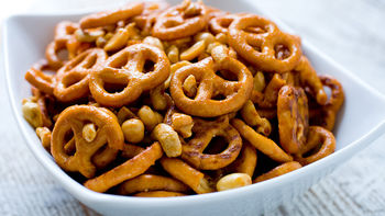 Sweet and Spicy Pretzel Mix