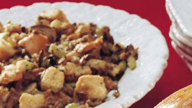 Slow-Cooker Sourdough and Wild Rice Stuffing