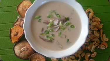 Cream of Mushroom with Cashews