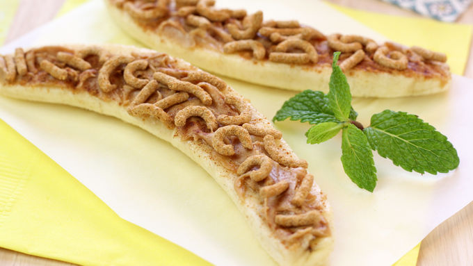 Hungry Girl's PB Nana Crunch Canoes