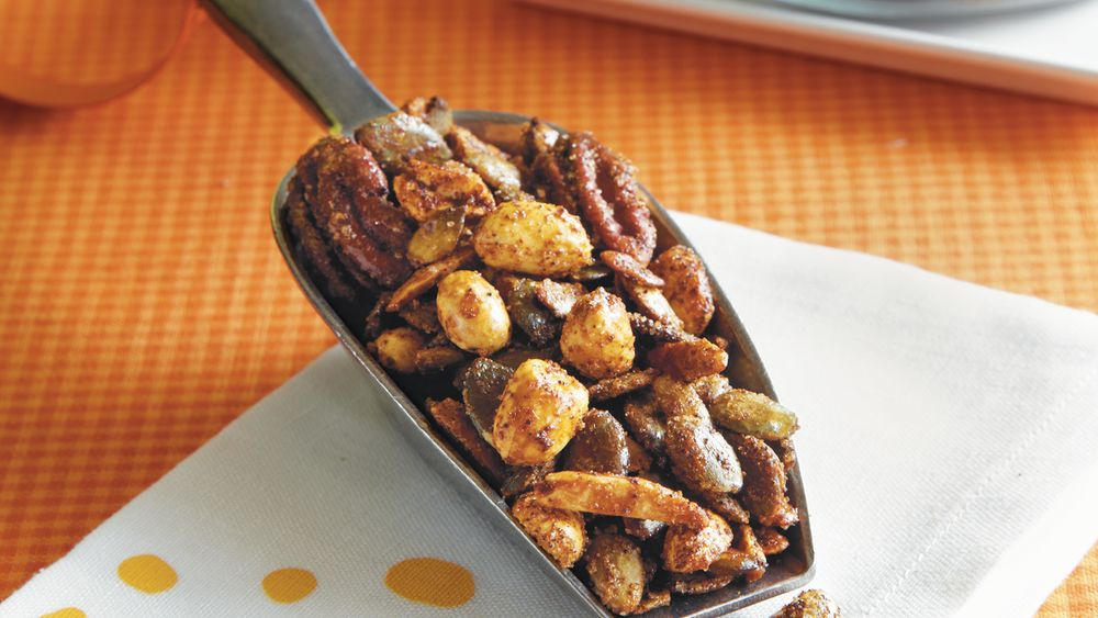 Sweet and Spicy Pumpkin Seed Nut Mix