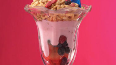 Cheerios™-Yogurt-Fruit Parfaits