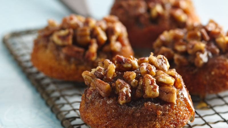 Gluten-Free Sticky Pecan Caramel Fig Cakes