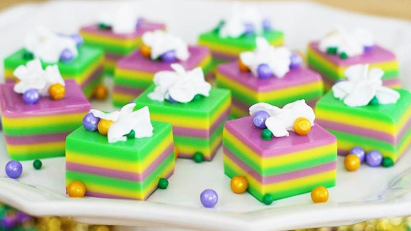 King Cake Jello Shot Recipe: Mardi Gras Jello Shots Recipe