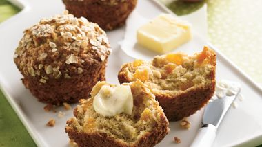 Apricot-Oatmeal Muffins
