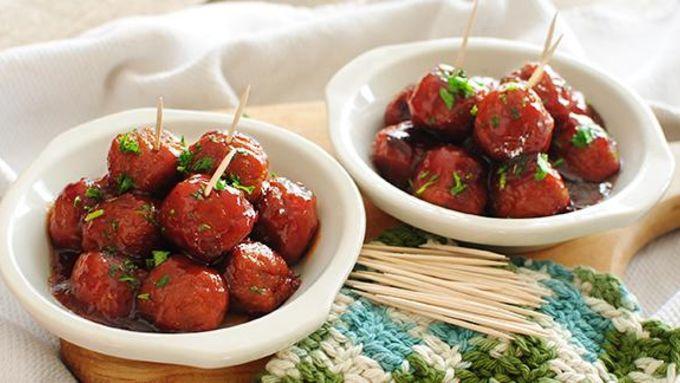 Cranberry Chili Meatballs