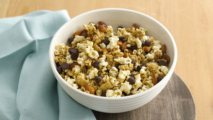 Gluten-Free Chex™ Granola Nut and Honey Snack Mix