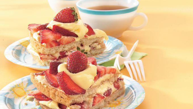 Sugar Cookie Shortcake