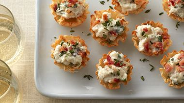 Creamy Crab and Bacon Phyllo Cups