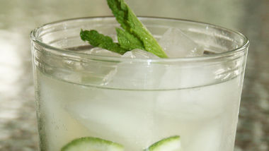 At-the-Cabin Mojitos
