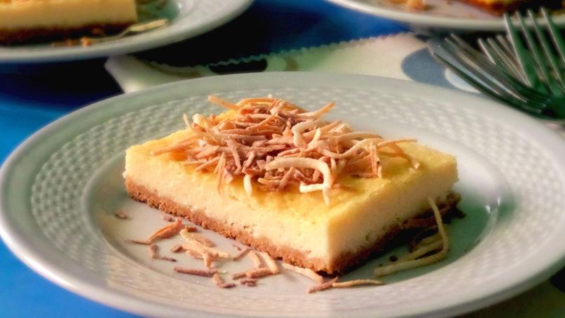 Cuadritos de Cheesecake de Coco