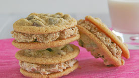 Memory Lane Oatmeal Peanut Butter Creme Sandwiches Recipe