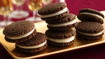 Chocolate Gingerbread Sandwich Cookies