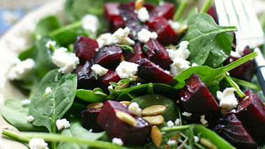 Roasted Beet and Goat Cheese Salad with Balsalmic Vinaigrette