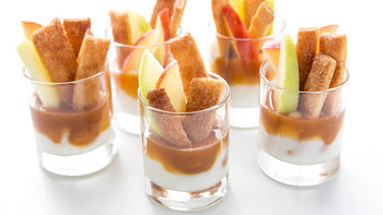 Apple Pie Fries with Yogurt Dippers
