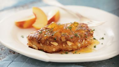 Almond- and Peach-Crusted Pork Chops