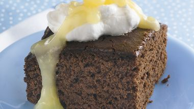 Gingerbread with Lemon Sauce and Whipped Cream