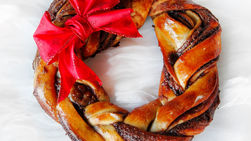 Braided Bread with Chocolate and Hazelnut