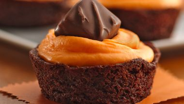 Trick-or-Treat Brownie Cupcakes