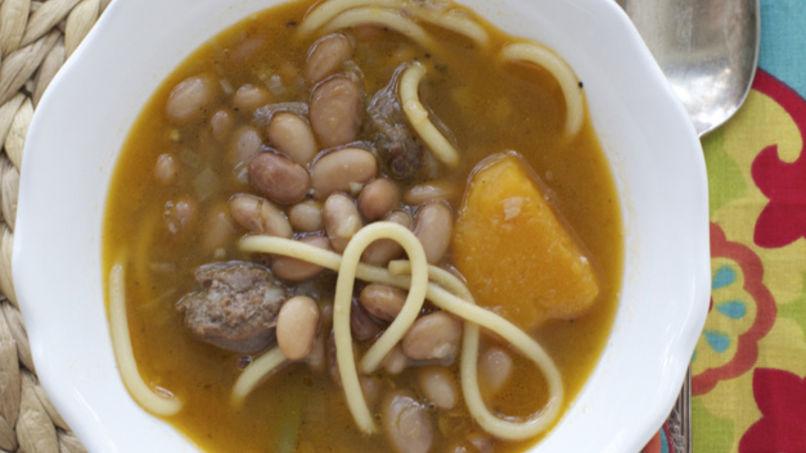 Chilean 'Porotos con Riendas' Recipe | Que Rica Vida