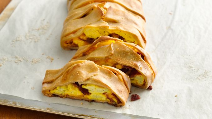 Gluten-Free Egg, Bacon and Cheese Breakfast Braid