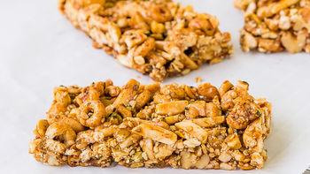 Spicy Apple-Cinnamon Cheerios™ Bars